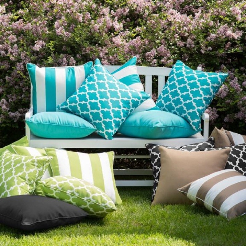 outdoorpillows